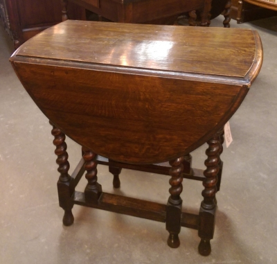 16C19012 SMALL DARK OAK BARLEY TWIST DROPLEAF TABLE (1).jpg