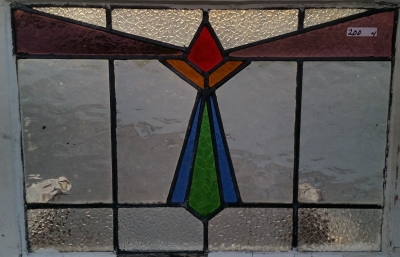16C19200B MEDIUM GEOMETRIC STAINED GLASS WINDOW.jpg