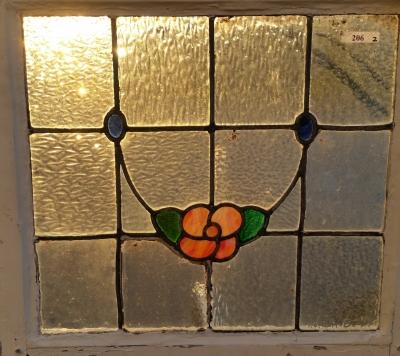 16C19206B FLOWER SWAG STAINED GLASS WINDOW (2).jpg