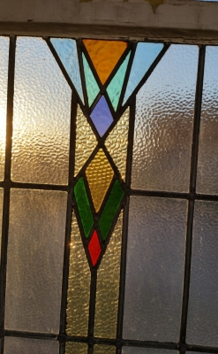 16C19208B MEDIUM ART DECO STAINED GLASS WINDOW (2).jpg