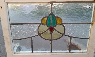 16C19214A ALIEN HEAD STAINED GLASS WINDOW.jpg