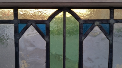 16C19229 GEOMETRIC WITH OVALS STAINED GLASS WINDOW (2).jpg
