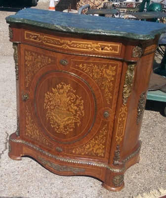 16C21600 MARBLE TOP CONSOLE (1).jpg