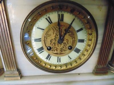 13L17039 CARVED LION MARBLE CLOCK (1).JPG