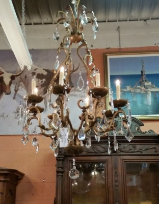 16C31 EIGHT LIGHT IRON AND PRISM CHANDELIER (1).jpg