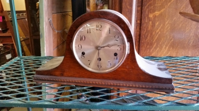 16D02 ENGLISH MANTRLE CLOCK.jpg