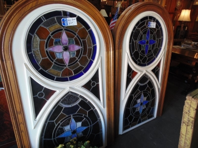 36 SET OF 4 STAINED GLASS (1).JPG
