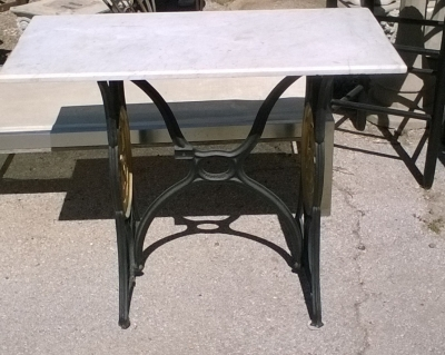 16D07 SEWING  BASE TABLE.jpg