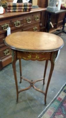36-87423 LOUIS XV  SIDE TABLE (1).jpg