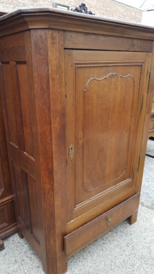 16D08016A EARLY CANTED CORNER CABINET WITH DRAWER (3).jpg