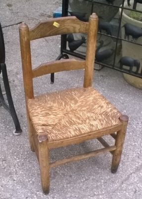 16D08034 EARLY RUSH SEAT CHILDS CHAIR.jpg