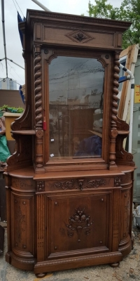 16D08046 HUGE BARLEY TWIST CORNER CABINET WITH GLASS DOOR (7).jpg