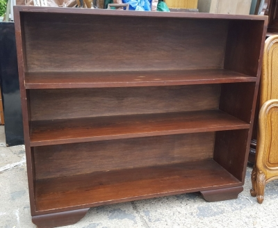 16D08048 DARK OAK OPEN BOOK SHELF.jpg