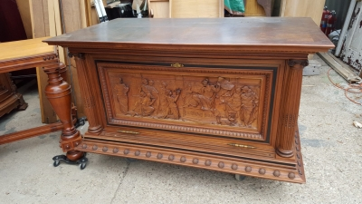 16D08049 CARVED CLASSICAL SCENE BAR OR ALTER CABINET (1).jpg