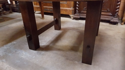 16D ROUND MISSION OAK TABLE (2).jpg