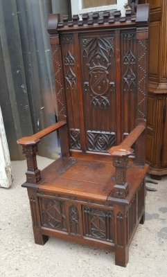 16D15051A GOTHIC THRONE CHAIR (1).jpg