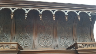 16D15054 CATHEDRAL TOP CARVED BUFFET (3).jpg