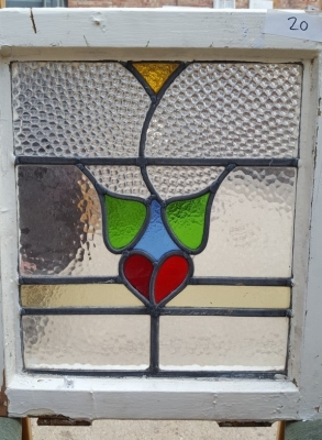 16D15020 STAINED GLASS WINDOW.jpg