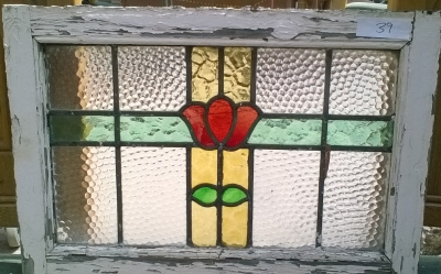 16D15039 STAINED GLASS WINDOW.jpg