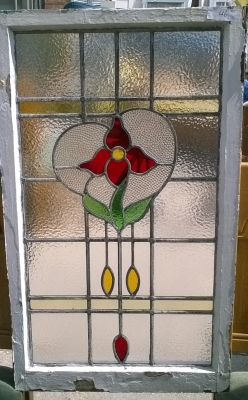 16D15046 STAINED GLASS WINDOW.jpg