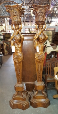 16D14 PAIR OF CARVED STATUES OF MEN WITH BOYS ON SHOULDERS (1).jpg