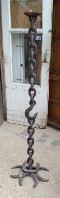 16D69 IRON HOOK AND CHAIN STAND (1).jpg