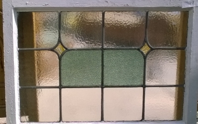 16D15047 STAINED GLASS WINDOW.jpg