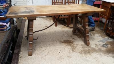 16E08021 IRON STRETCHER OAK HARVEST TABLE (1) .jpg