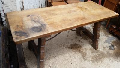 16E08021 IRON STRETCHER OAK HARVEST TABLE (2) .jpg