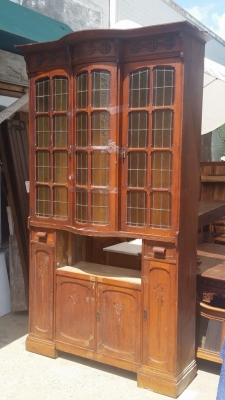 AS IS TALL STAINED GLASS SHALLOW CABINET  (1).jpg