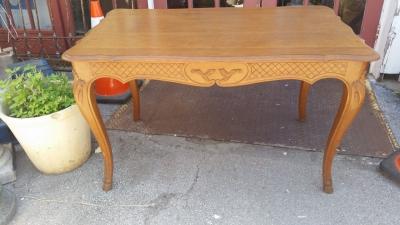 BLONDE FRENCH CENTER TABLE  (1).jpg