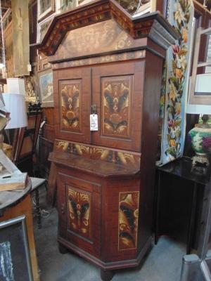 36 faux grain painted european 19th century cabinet (2).JPG