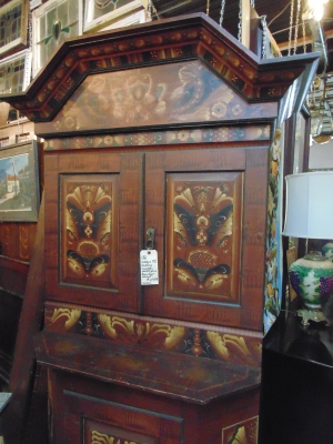 36 faux grain painted european 19th century cabinet (3).JPG