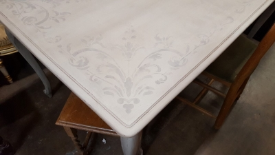 15K14026 PAINTED LOUIS XV DRAWLEAF TABLE (4).jpg
