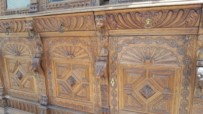 16G01006 HUGE MECHELLIN FRENCH OAK LIBRARY BOOKCASE WITH CARVED FEATURES (4).jpg