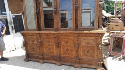 16G01006 HUGE MECHELLIN FRENCH OAK LIBRARY BOOKCASE WITH CARVED FEATURES (10).jpg