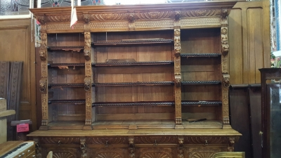 16G01006 HUGE MECHELLIN FRENCH OAK LIBRARY BOOKCASE WITH CARVED FEATURES (11).jpg