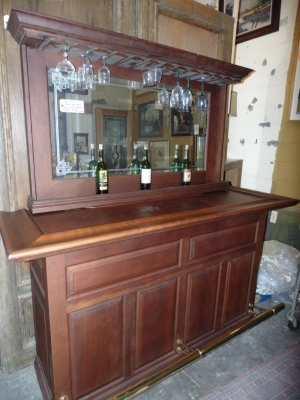 36 BACK BAR WITH BRASS RAIL NOT OLD BUT GOOD LOOKING (2).JPG