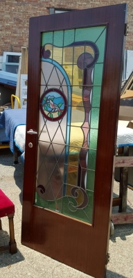 16G01031 PAIR STAINED GLASS DOORS WITH BIRDS (1).jpg