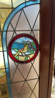 16G01031 PAIR STAINED GLASS DOORS WITH BIRDS (5).jpg