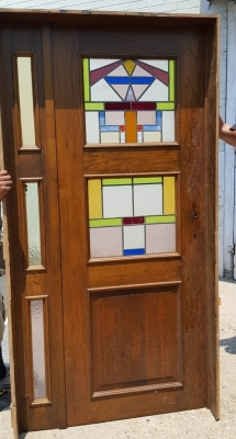 16G01036 7' DOOR WITH 2 STAINED GLASS WINDOWS AND SIDELIGHT (1).jpg