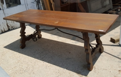 16G01054 RUSTIC IRON STRETCHER TABLE (1).jpg