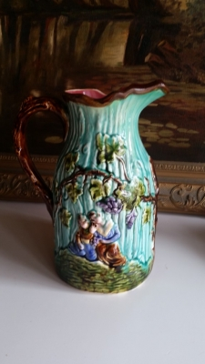 16G01051 MAJOLICA LARGE PITCHER.jpg