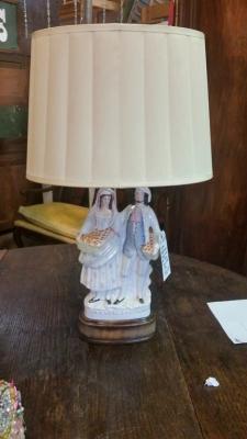 16G23521 STAFFORDSHIRE FIGURINE LAMP.jpg