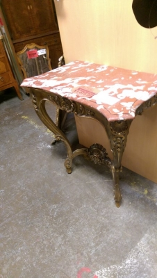 16E20023 MARBLR TOP GILT WALL CONSOLE (1).jpg