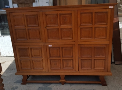 16H07020 PANELED OAK SIX DOOR BLONDE CABINET (6).jpg