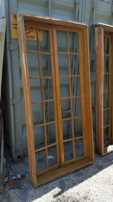16H07029 AN 30 TWO PAIRS MULLIONED WINDOWS.jpg