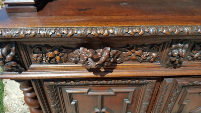 16H07058 BLACK FOREST SERVER WITH SHELVES AND VERY CARVED HANDLES (5).jpg
