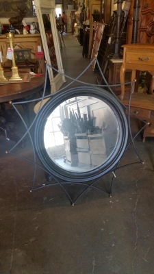 16H07002 CONTEMPORY ROUND MIRROR.jpg
