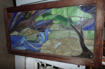 13I23516 LANDSCAPE STAINED GLASS WINDOW.JPG